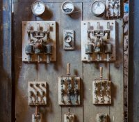 abandoned-electric-panel6